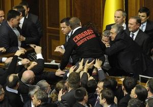 С жуликами-регионалами можно общаться только кулаками - пострадавший оппозиционер