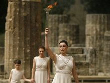 Олимпийский огонь зажжен