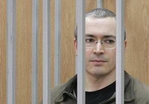 Медведев поручил прокуратуре проверить законность приговора Ходорковскому