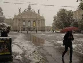 Во Львове появилась вода. Почти 500 населенных пунктов области остаются без света