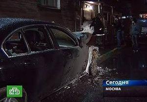 В Москве после задержания подозреваемых в поджоге машин сгорели еще два автомобиля