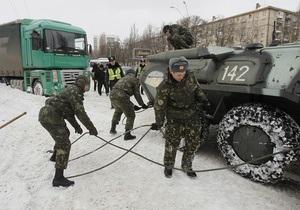 К ликвидации последствий непогоды в Украине было привлечено почти пять тысяч военнослужащих