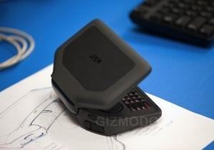 Panasonic анонсировала портативное устройство для  онлайн игр
