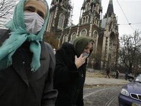 МОЗ: Эпидемия в Украине унесла жизни 299 человек