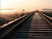 Пьяного австралийца разбудил поезд, остановившись над ним