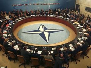The Times: НАТО не хочет играть в русскую рулетку с расширением альянса