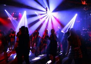 В Черкассах мужчина, который не прошел фейсконтроль в ночной клуб, сообщил о его минировании