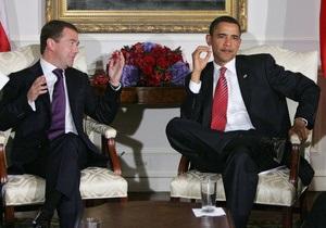 Congratulations! Медведев поздравил Обаму с победой в Twitter
