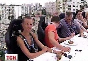 В Киеве открылся ресторан-аттракцион Dinner in the Sky
