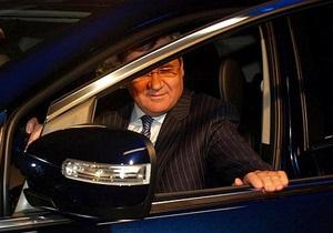 СМИ: Министр Яцуба купил джип Mazda за 345 тысяч гривен