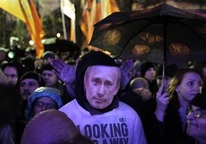 Оппозиция призывает Януковича признать выборы в Госдуму РФ недемократичными