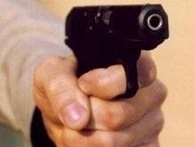 Милиция задержала на крыше пьяного белоруса с пистолетом
