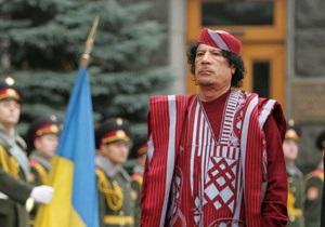 Тарасюк призвал Януковича лишить Каддафи украинских наград