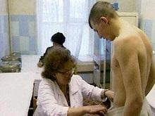В России слухи об увеличении срока службы обеспечили выполение плана по призыву