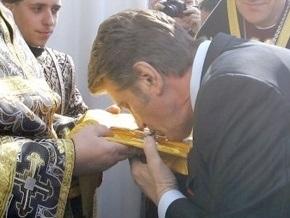 Ющенко признан Человеком года в украинском христианстве