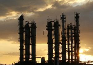 Нефть в Нью-Йорке и Лондоне закрывает неделю существенным ростом