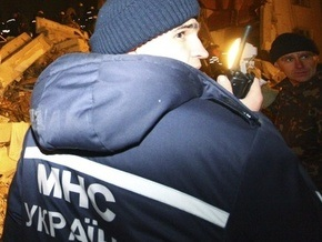 В Кировоградской области на рабочих маслобойни упала кирпичная стена
