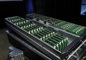 Размером с книгу: Hewlett-Packard показала новые сверхкомпактные сервера
