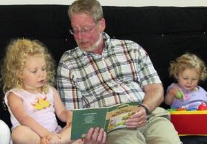 В Северной Америке отмечают День дедушек и бабушек