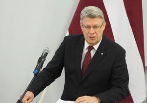 Экс-президент Латвии: Украинская оппозиция должна давать четкий сигнал Европе, что не все потеряно