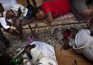 Число смертельных случаев холеры на Гаити превысило 900