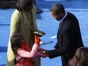 В США больше не будут продавать куклы с именами детей Обамы