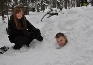 В Коломые установлен рекорд по пребыванию под снегом