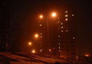 Обрушившиеся на Украину снегопады обесточили более полутысячи населенных пунктов