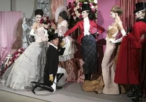 Фотогалерея: Изобретение женщины. Джон Гальяно на Paris Fashion Week