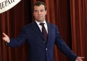 Кремль заказал на следующий квартал десять траурных венков