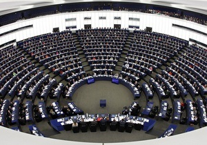 Депутат Европарламента упал без сознания во время сессии