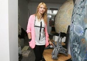 Жена Левочкина рассказала Корреспонденту, что научилась отделять искусство от политики