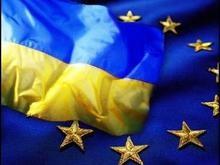 ЕС надеется, что внеочередных выборов в Украине не будет