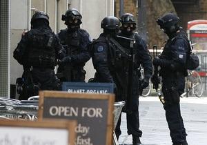 В Лондоне обезврежен мужчина, захвативший четырех заложников