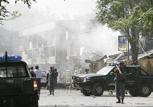 В Афганистане смертник взорвал строительную фирму: около 20 погибших