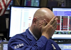 Американские рынки упали до минимума за 13 месяцев