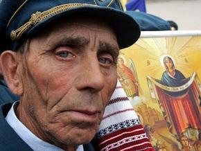 В Украине отмечают Покрову Пресвятой Богородицы и день УПА