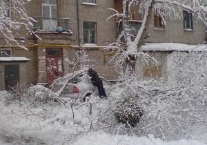 Из-за ненастья в Украине пропала связь с 687 населенными пунктами