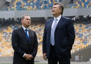 Янукович поздравил Колесникова с днем рождения: Вы вошли в историю
