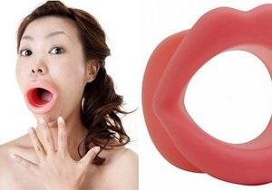 В Японии изобрели тренажер для похудения лица в виде гигантских накладных губ