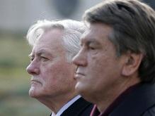 Ющенко и Адамкус пообщались по телефону