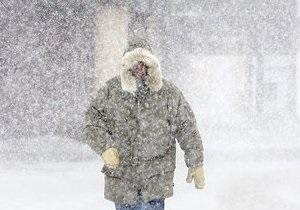 В Крыму и Херсонской области объявили штормовое предупреждение