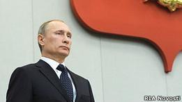 Путин попросил оппозицию  не раскачивать лодку