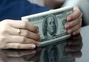 НБУ повысил курс продажи доллара на межбанке
