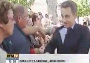 Во Франции арестовали мужчину, напавшего на Саркози