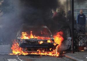 В Берлине неизвестные за ночь сожгли 18 автомобилей