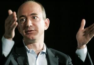 Глава Amazon говорит, что нашел двигатели лунной ракеты