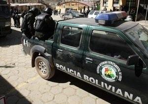 Боливия: полицейские с женами устроили погром