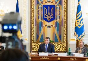 Янукович: Скоро у нас все артисты будут народными или заслуженными