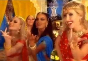 Ксения Собчак исполнила индийский танец в рекламе Евросети